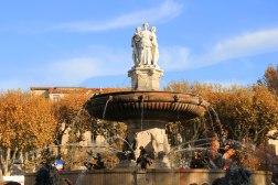 Une des fontaines du Cours Mirabeau, à Aix-en-Provence.