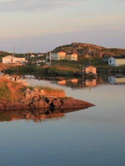 Au soleil couchant, sur l'île Change. (Terre-Neuve)