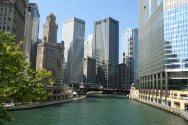 La rivière, qui traverse le centre-ville de Chicago