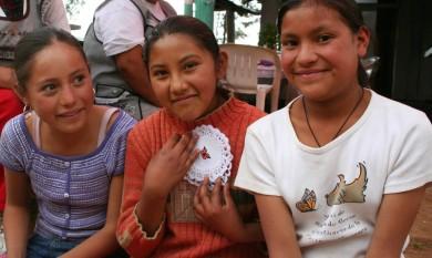 La migration des monarques fait vivre une foule de familles, au Michoacan.