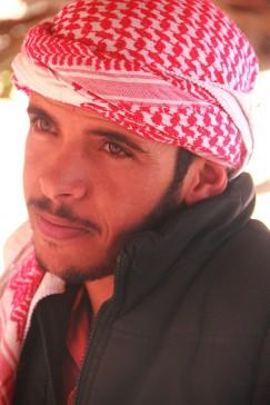 Notre jeune guide bédouin, au Feynan Ecolodge (Jordanie)