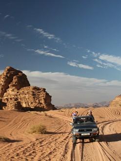 Promenade en jeep dans le désert du Wadi Rum