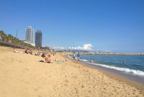 La plage de Barcelonata, à Barcelone.
