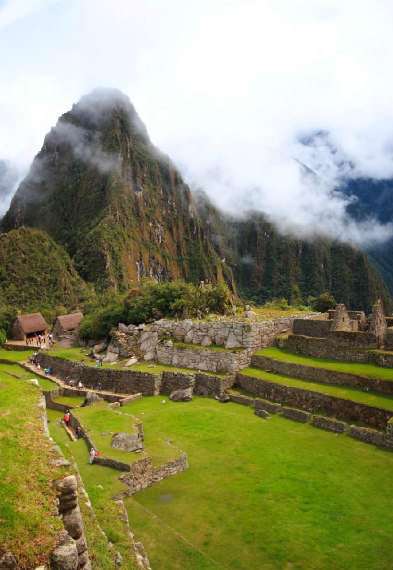 Pérou: Une cité au milieu desnuages