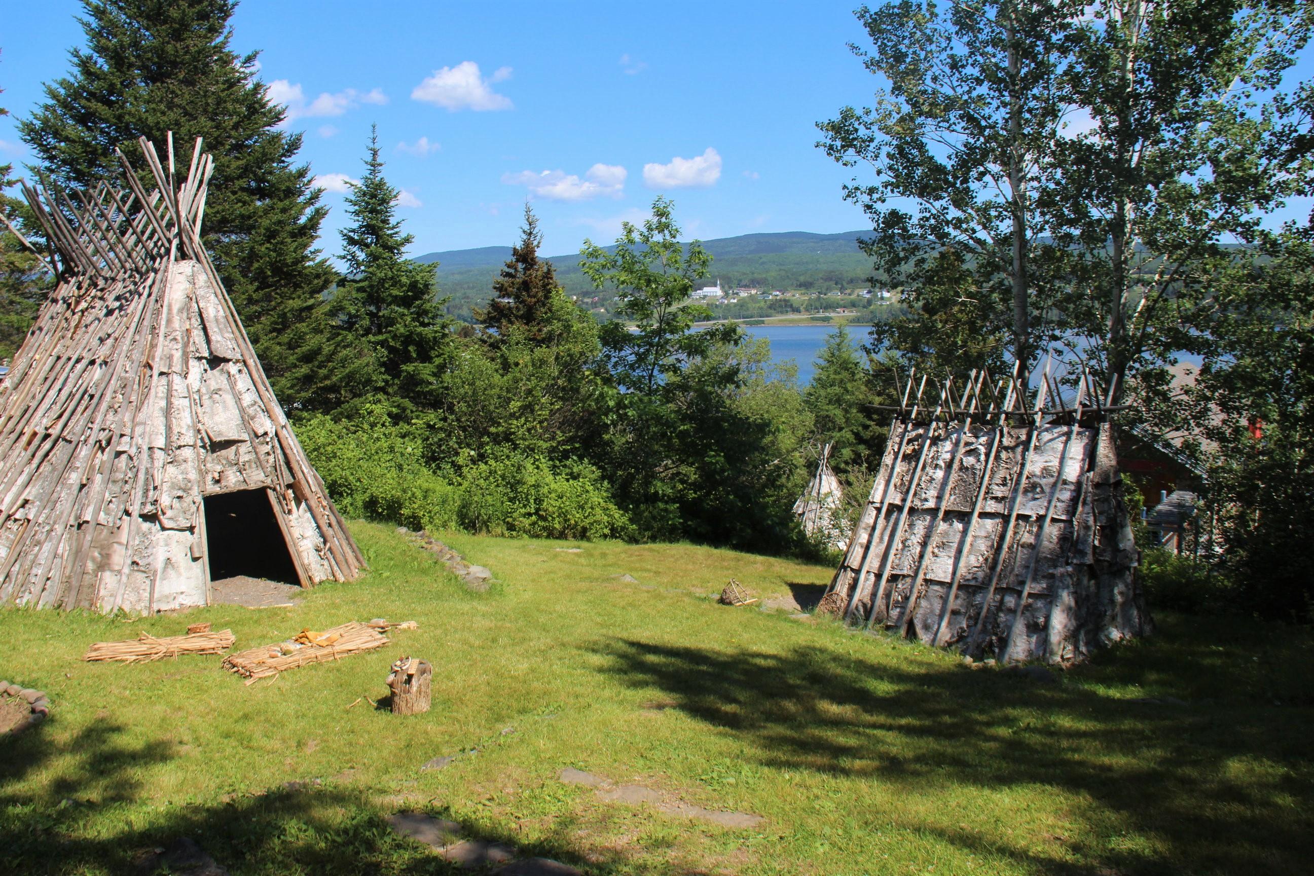 Au site historique de Gespeg, à Gaspé