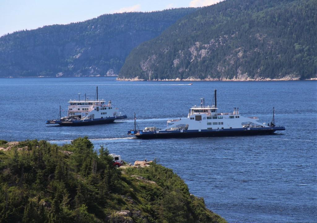 traversiers sur le fjord