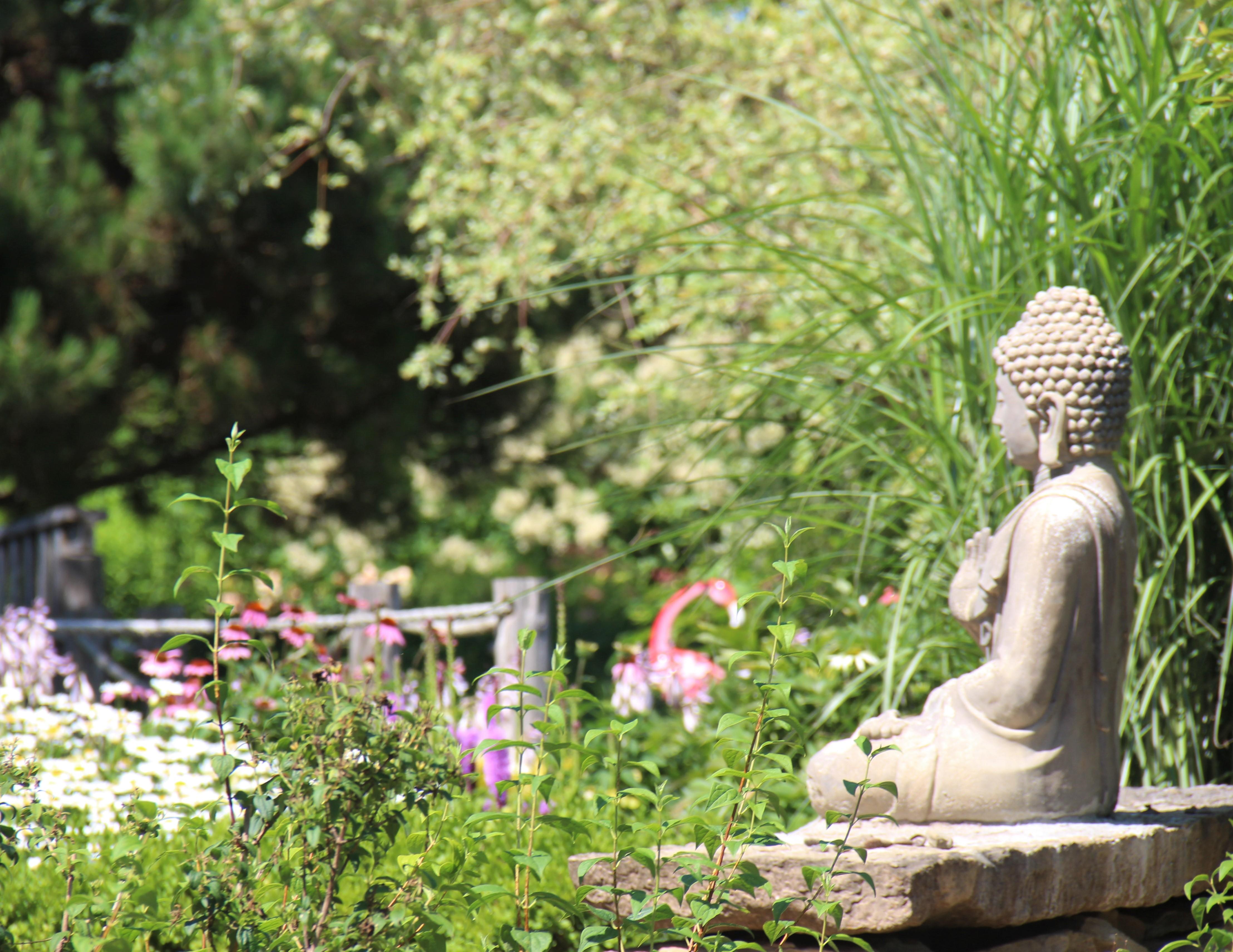 Un des jardins thématiques des Jardins Michel Corbeil
