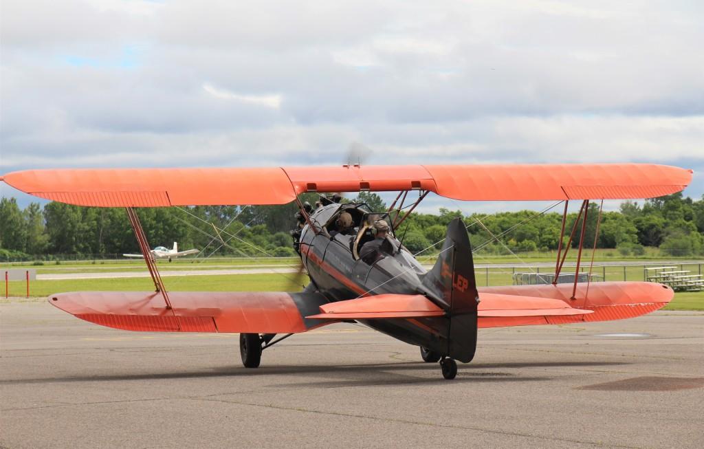 Vol en biplan, à Ottawa