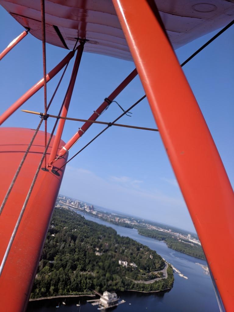 Envolée au-dessus de Gatineau, avec Byplane Adventures