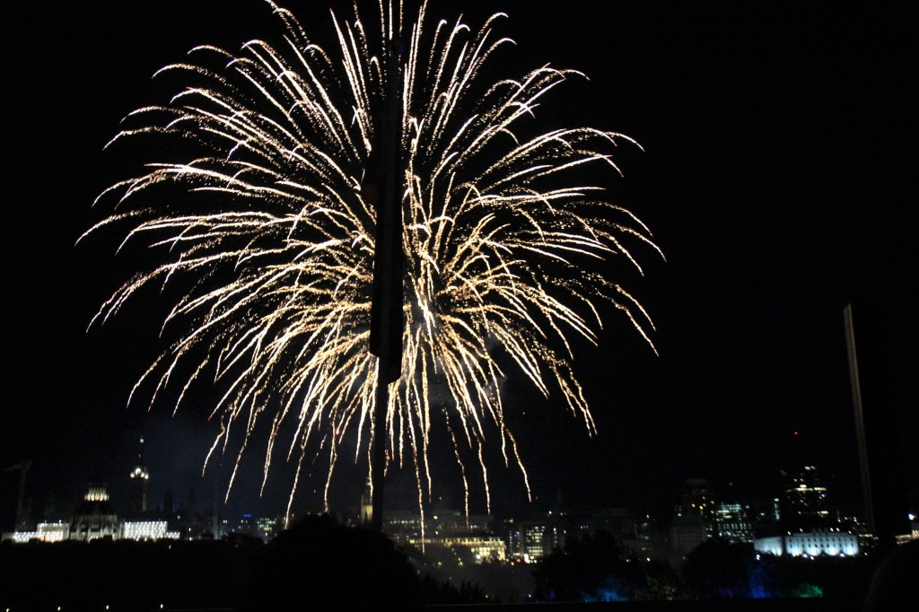 Spectacle pyromusical des Grands Feux du Casino Lac Leamy